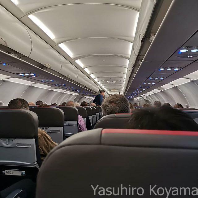 搭乗。まずはちょ移動。