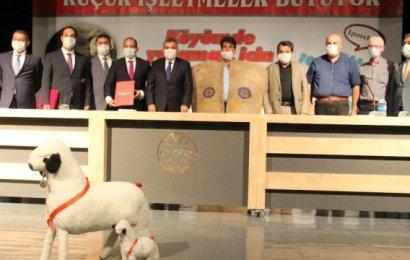 """Karaman'da da """"Köyümde Yaşamak İçin Bir 'Sürü' Nedenim Var"""" projesi için imzalar atıldı"""