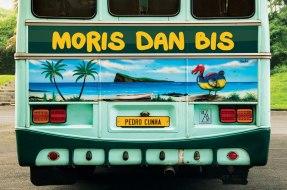 Moris dan bis by Pedro Cunha