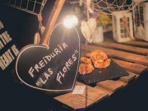 imagenes y videos de catering en madrid - Catering Kozinart: puesto tematico nocturno