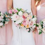 ramo rosado para damas de honor
