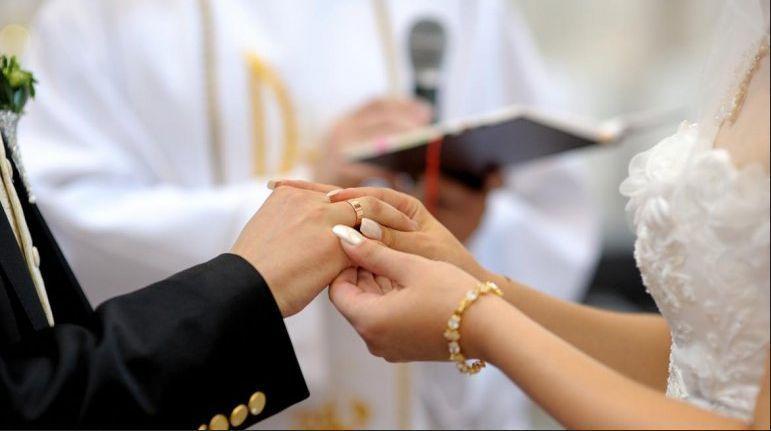 Casarme por la iglesia