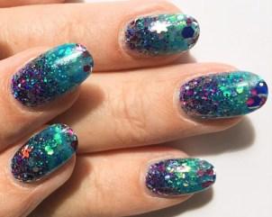 AKVARIJUM nokti – neobična nail art tehnika