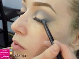 Kako da šminka bude dugotrajnija