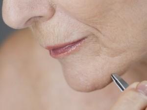 chin-plucking