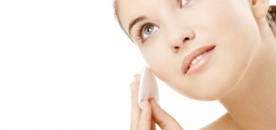 Cleaning-tips-in-Face-Makeup-768x360