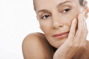 ZRELO DOBA I NEGA LICA – kvalitetan pristup kozmetici