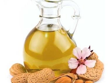 Bademovo ulje za strije