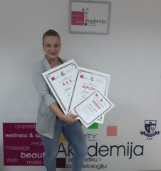 Jelena Kašler, kurs profesionalnog šminkanja
