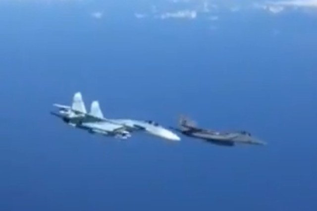 Як літак НАТО налякав міністра оборони Росії