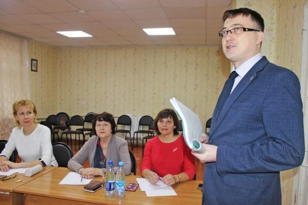 В филиале АГУ в Знаменске защитились будущие педагоги и психологи
