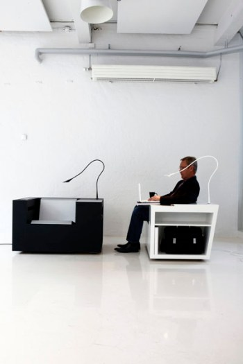 10_Modern-Beautiful-and-ergonomic-workstation-Four-works-Furniture-by-Four-Design