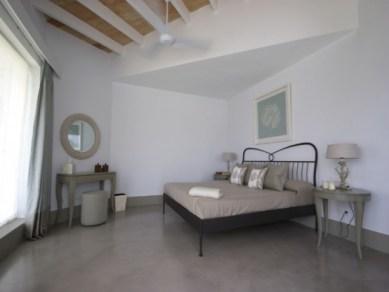 12-luxury-villa-in-a-contemporary-neutral-scheme