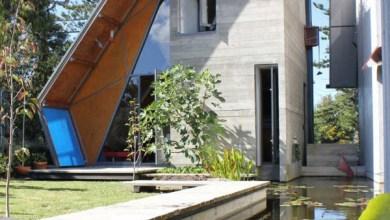 Photo of Ház műanyag tetővel