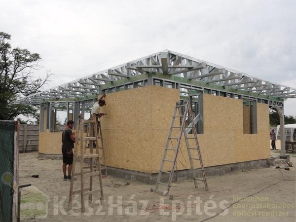 Könnyűszerkezetes ház építése saját kezűleg