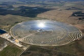 a világ legnagyobb naperőműve9