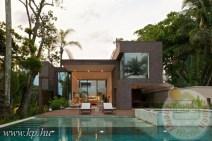 modern és luxus családiház