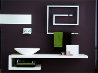 Bruna-Rapisarda-Snake-minimal-line-modern-bathroom-with-towel-heater