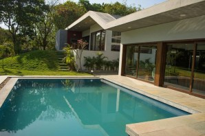 Pool-And-Courtyard-Details