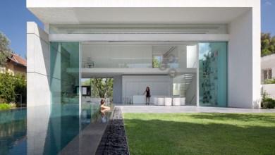 Photo of Két udvar közé beépített eredeti, modern lakóház Izraelből