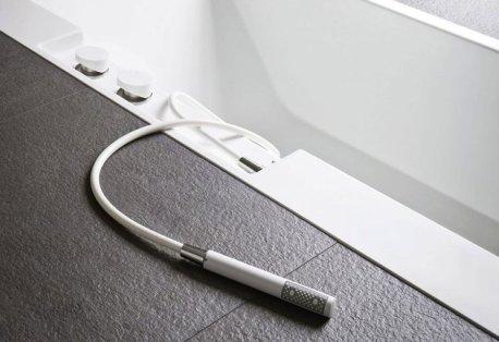 ergonomic-sunken-bathtub-installation-by-rexa-puts-bath-accessories-within-reach-3-thumb-630x433-20105