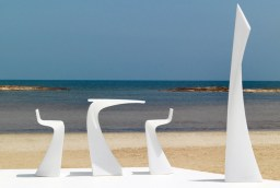 vondom-wing-garden-furniture-collection-by-a-cero-1-thumb-630xauto-40543