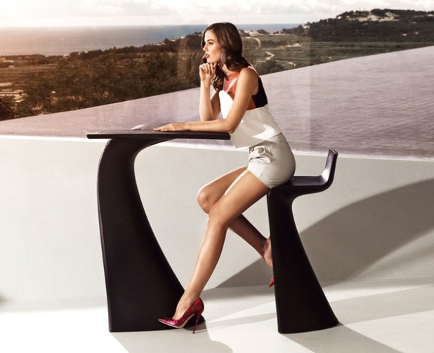 vondom-wing-garden-furniture-collection-by-a-cero-4-thumb-630xauto-40549