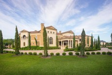 Luxury-Palm-Royale-property-for-sale-1