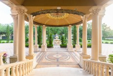 Luxury-Palm-Royale-property-for-sale-2