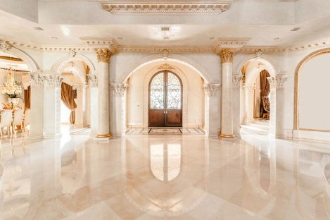Luxury-Palm-Royale-property-for-sale-4