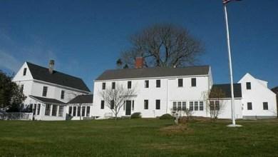 Photo of Daryl Hall eladó 351 éves háza