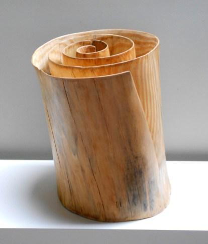 Carved-Pine-Wood-by-Xavier-Puente-Vilardell-4
