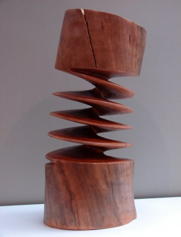 Carved-Pine-Wood-by-Xavier-Puente-Vilardell-5