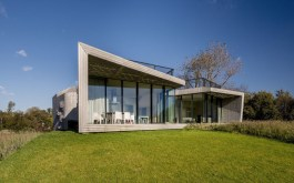 W.I.N.D.-House-in-Holland-by-UNstudio-1