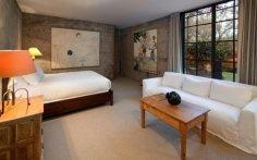 steve-martins-bedroom3-cf5cfa-1024x639