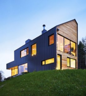 Malbaie-VIII-Residence-by-MU-Architecture-3