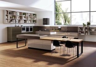 sunny-wood-kitchen-design-600x421