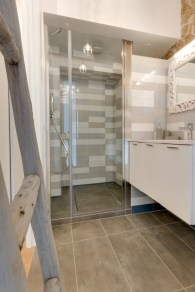 Via-Sistina-Apartment-bathroom-walk-in-shower