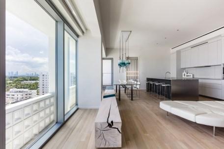 Miami-Beach-apartment-by-Alessandro-Isola