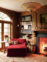 red-classic-reading-corner-chair-600x786