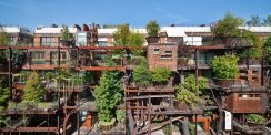 Luciano-Pia-Green-urban-treehouse-in-torino