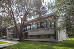 casa-hk-facade-at-angle-1024x683