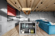 grey-and-red-kitchen-marble-wall-zen-home