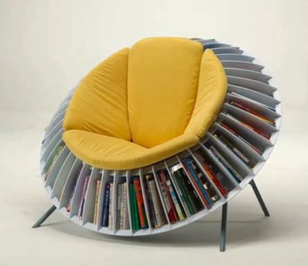 round-with-bookshelf-surrounding-unique-chairs-600x518