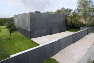 Safe-House-designed-by-KWK-PROMES-View