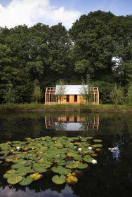 garden-House-Lake-View