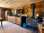 vintage-country-cottage-clear-finished-wood-interiors-6-kitchen-thumb-630xauto-41582