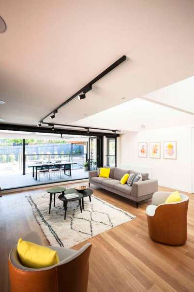 Upside-Down-House-places-the-common-areas-on-the-upper-floor