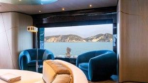 aurora-yacht-interior-01