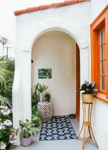 Arched-windows-and-doors-for-spanish-decor